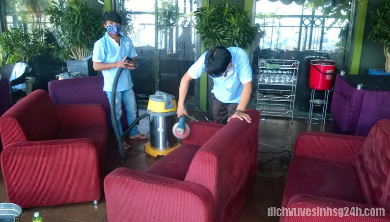 Dịch Vụ Giặt Ghế Sofa tại Long Biên Hà Nội