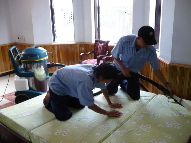 dịch vụ giặt ghế sofa ở đống đa hà nội