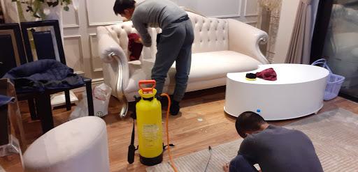 Dịch vụ vệ sinh ghế sofa Tphcm