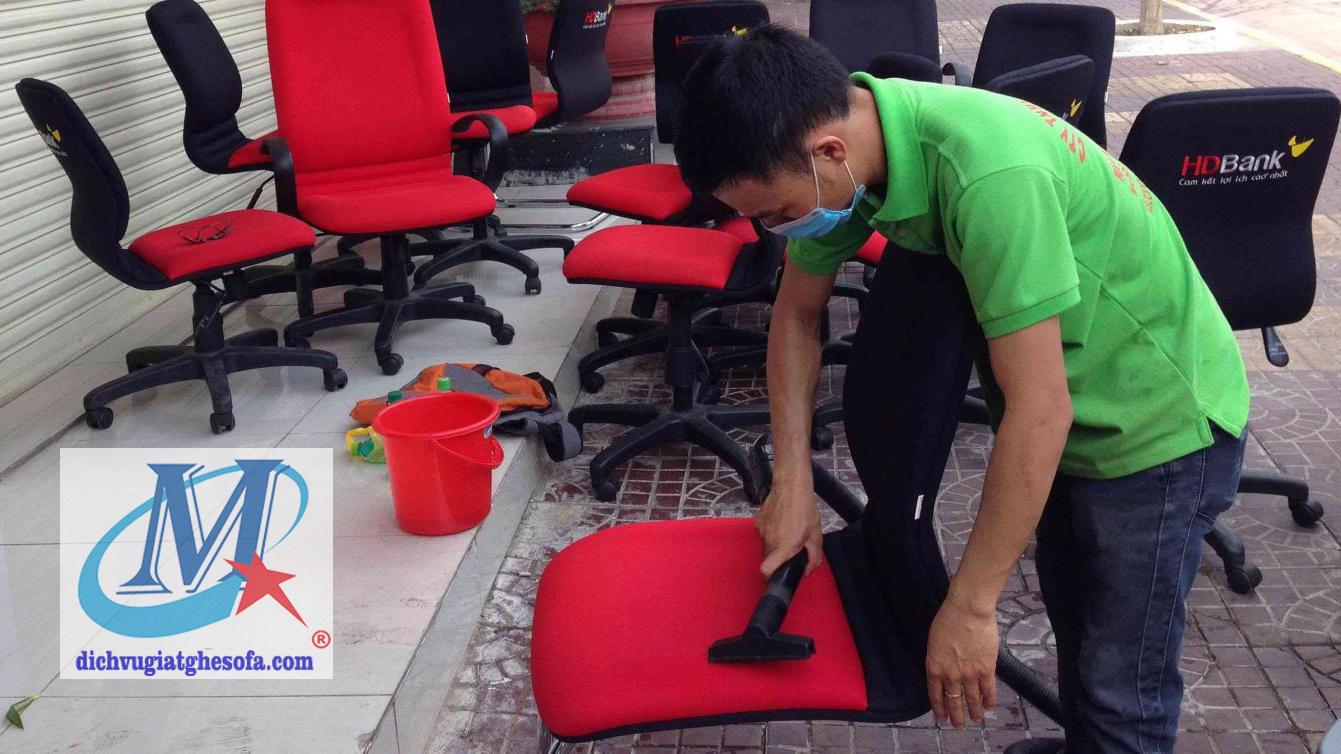 Giặt ghế văn phòng Tphcm