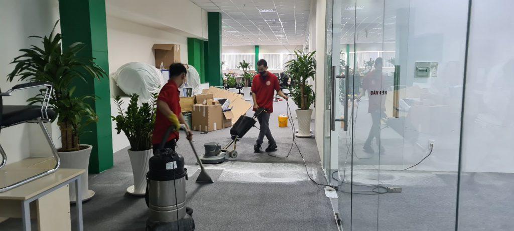 Dịch vụ giặt thảm văn phòng giá rẻ tại tphcm