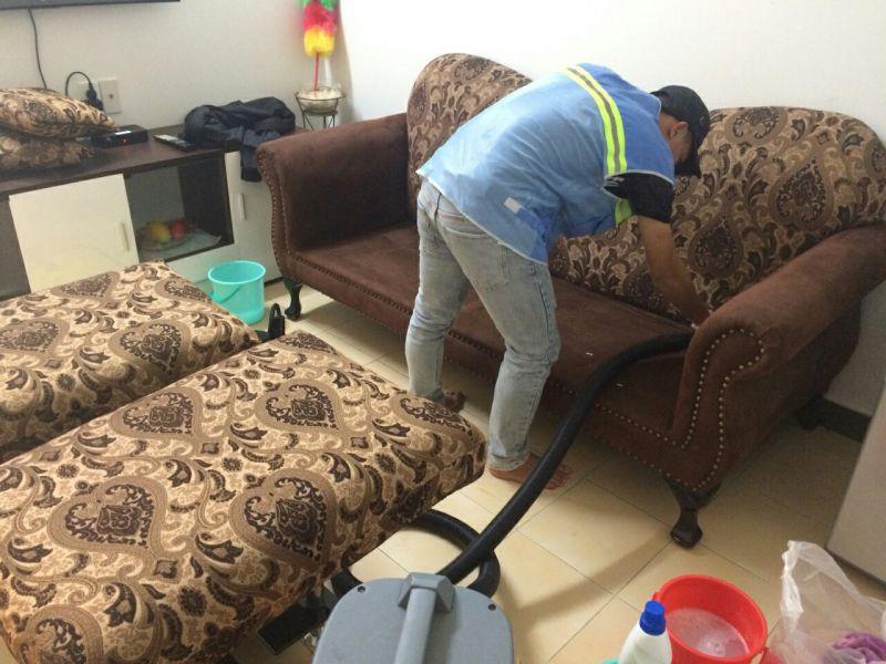 Giặt ghế sofa Long An